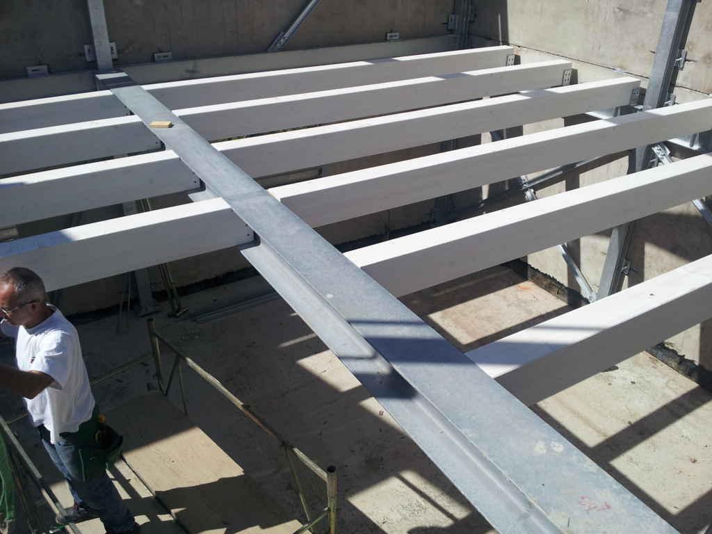 case-antisismiche-struttura-acciaio-e-legno-3